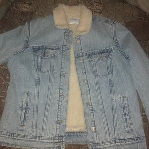 Old Navy Jackets & Coats - Jean jacket with fleece inside